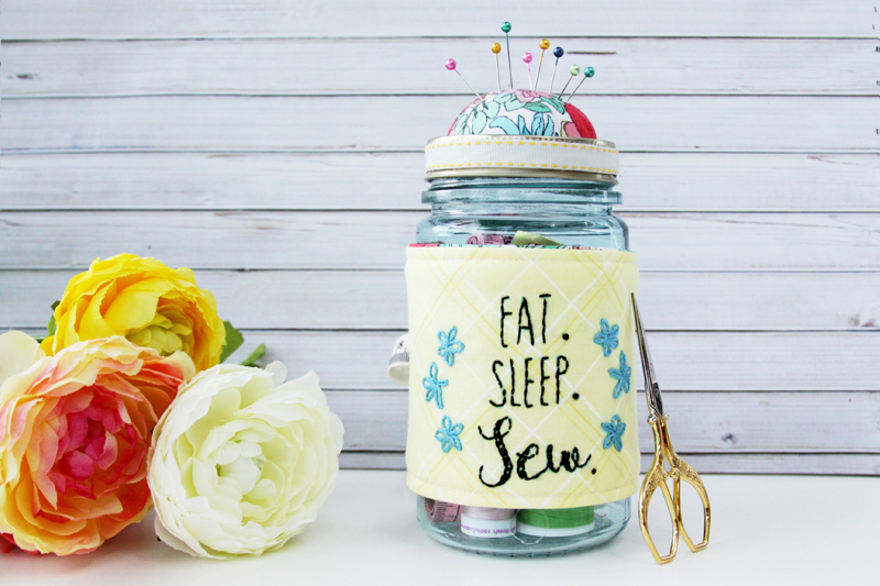 Cute Mason Jar Pincushion