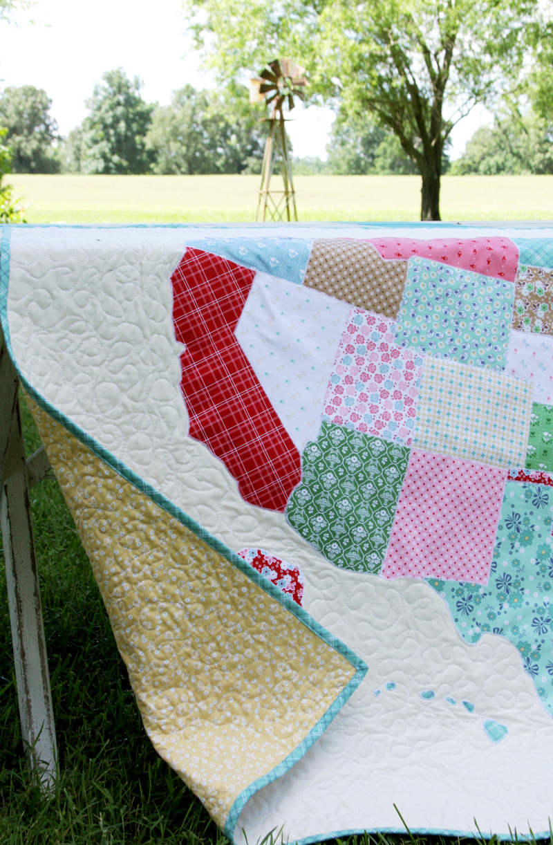 US Map Quilt Tutorial featured by top US quilting blog, Flamingo Toes.