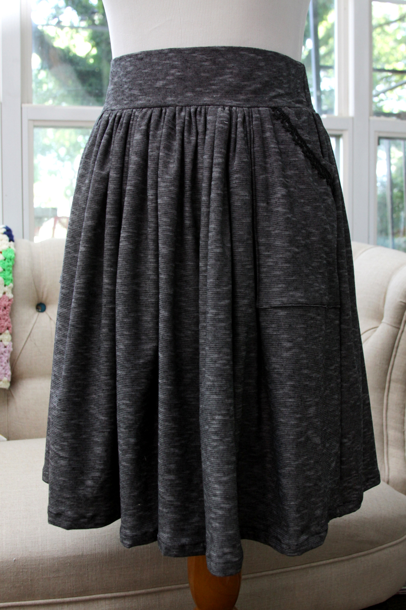 Easy Knit Skirt Pockets
