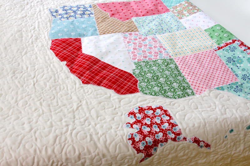 US Map Quilt Tutorial featured by top US quilting blog, Flamingo Toes: Free Motion Quilting on Map Quilt