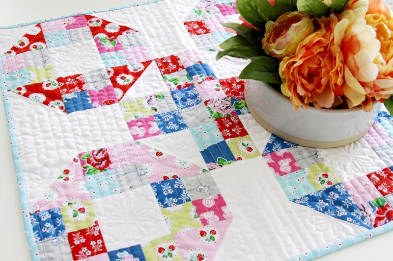 Simple Pieced Mini Quilt