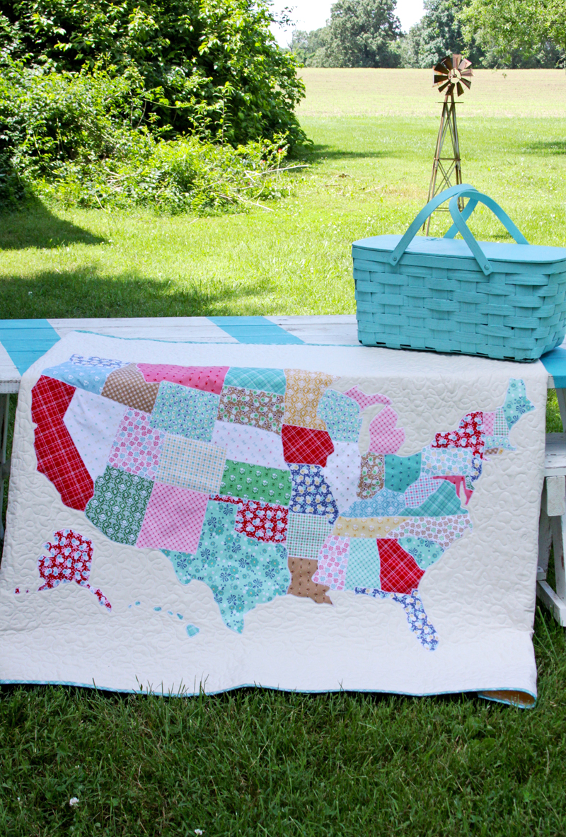 US Map Quilt Tutorial featured by top US quilting blog, Flamingo Toes: US Map Lap Quilt