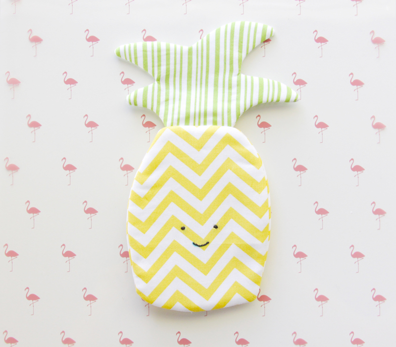 Cute Pineapple Zipper Pouch