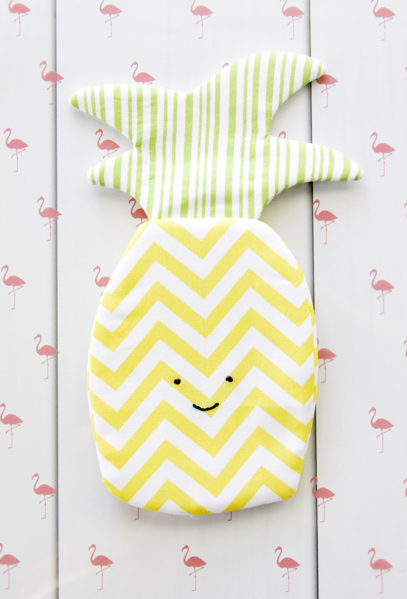 Sweet Pineapple Zipper Pouch-Flamingo Toes