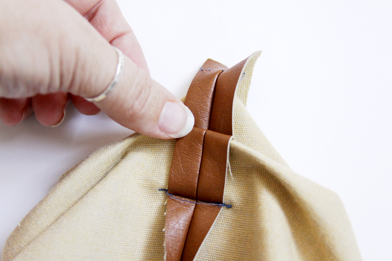 Folds of Pleat in Bag