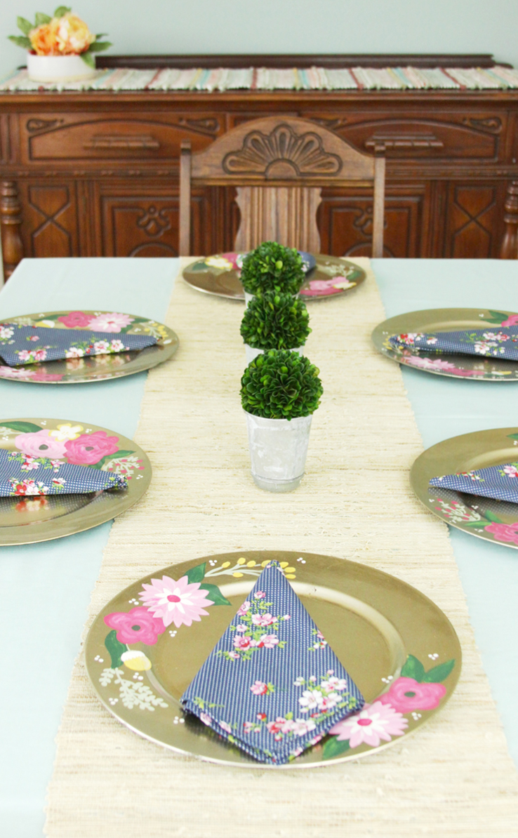 Pretty DIY Floral Tablesettings