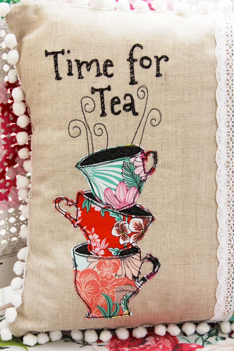 alice-in-wonderland-tea-time-pillow