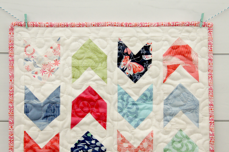 colorful-arrow-mini-quilt