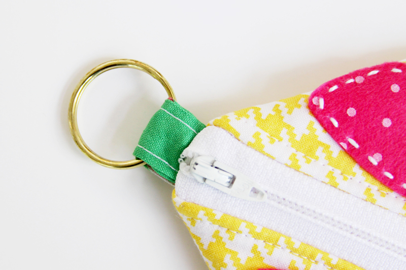 split-ring-for-zipper-pouch