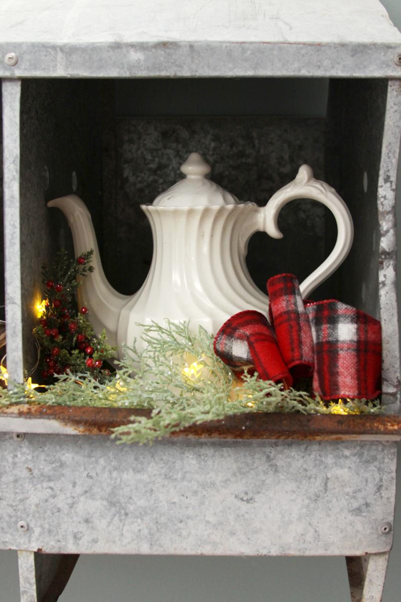 christmas-nesting-boxes