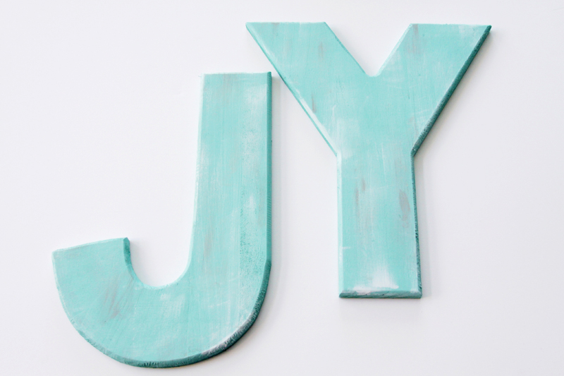 turquoise-letters-for-wreath