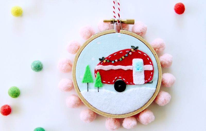 mini-felt-camper-ornament