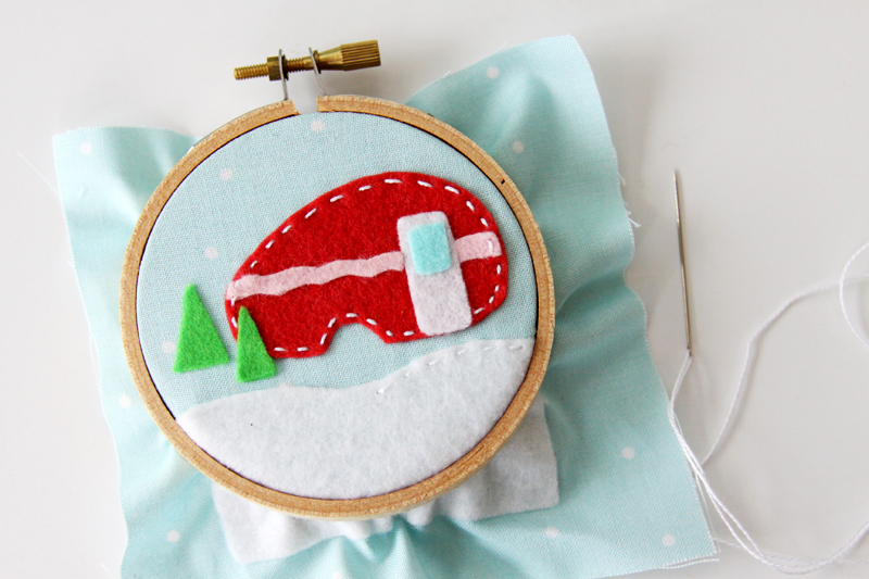 stitching-camper-on-ornament