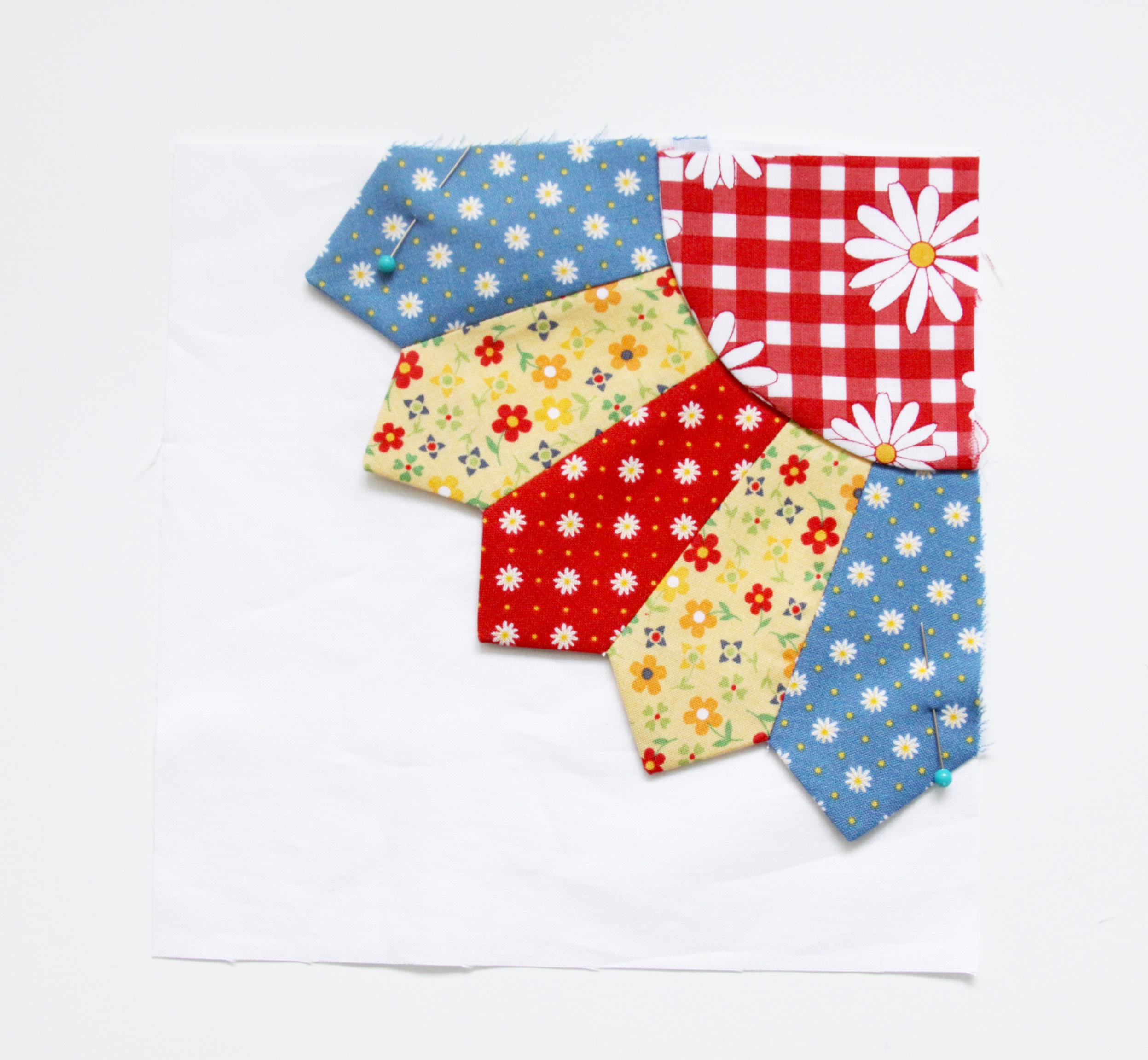 Gingham Girls Dresden Mini Quilt