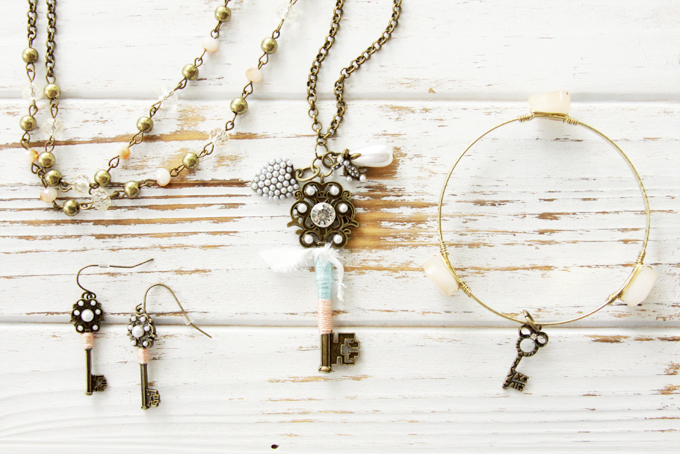 Easy DIY Vintage Style Jewelry Set