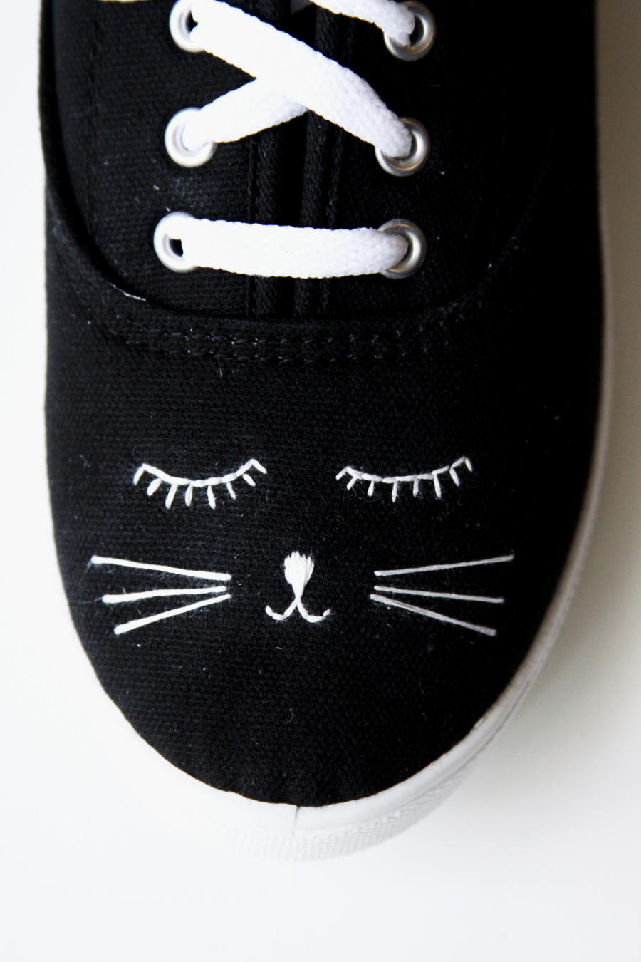 Cute Embroidered Black Cat Shoes