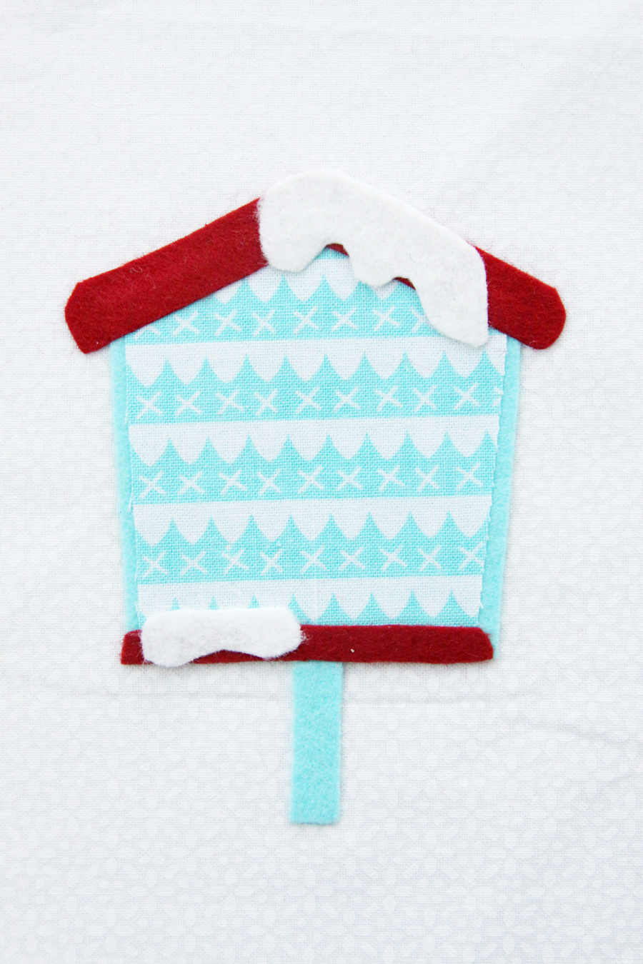 Sweet Fabric and Felt Birdhouse Hoop Ornament