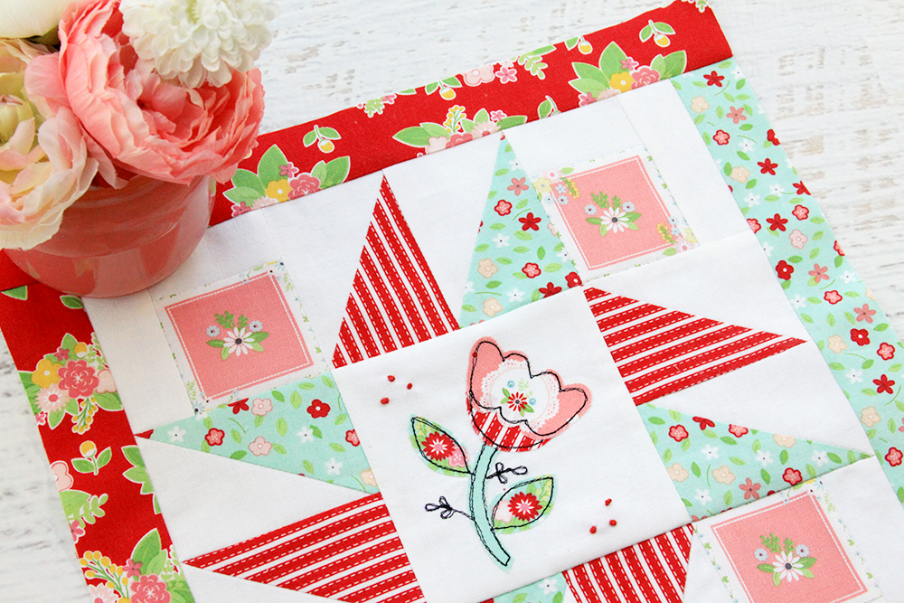 Happy Little Things Quilt Block 4 by popular quilting blog, Flamingo Toes: image of a Happy Little Things quilt block.