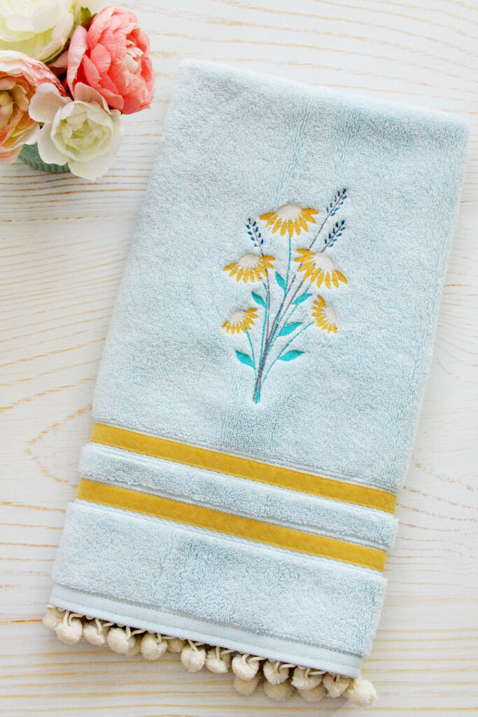 Vintage Daisies Embroidered Hand Towel DIY