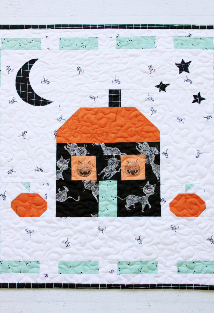 Scaredy Cat Manor Halloween Mini Quilt