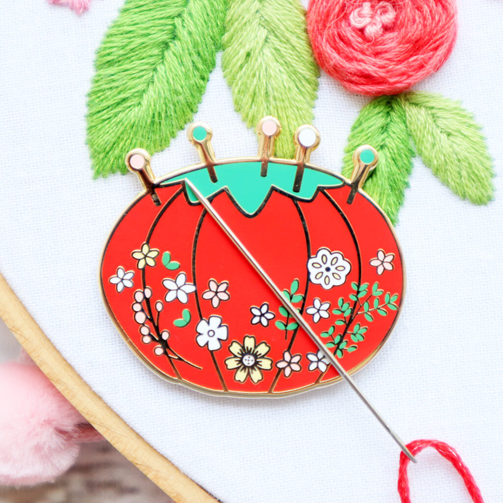 New Vintage Floral Pin Cushion Needle Minder